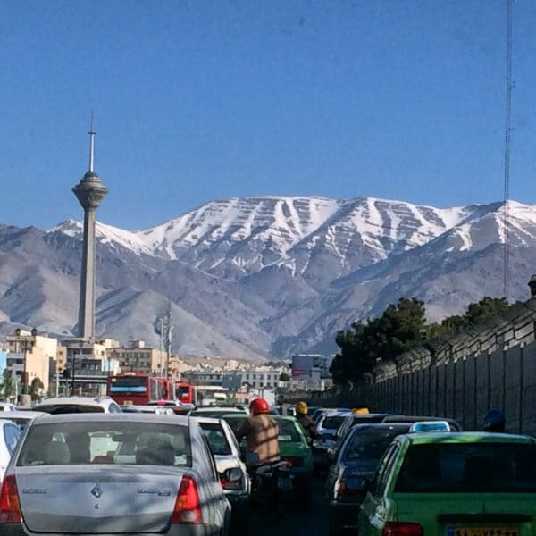 IRAN: Der Milad-Turm in der Hauptstadt Teheran. Foto © Welz (2016)