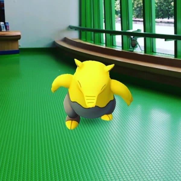 Augmented Reality: Das Pokemon Traumato taucht in der Staatsgalerie Stuttgart auf. Foto © Welz