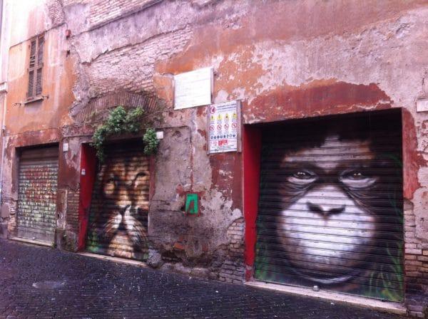 Im Borgo in Rom findet man viel Streetart. Foto © Welz