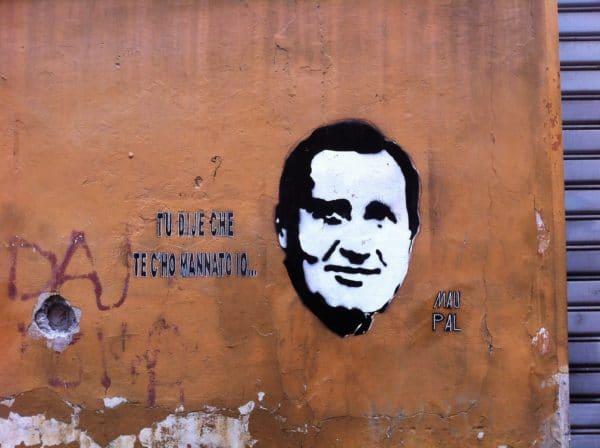 TU DIJE CHE TE C'HO MANNATO IO ... was heißt das wohl? wer kann mir das übersetzen? maupal in Rom - Foto © Welz