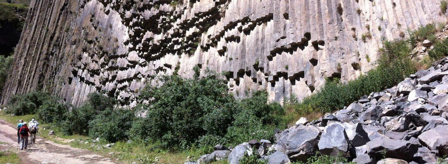 Armenien: Wandern in der Azatschlucht. Foto © Welz