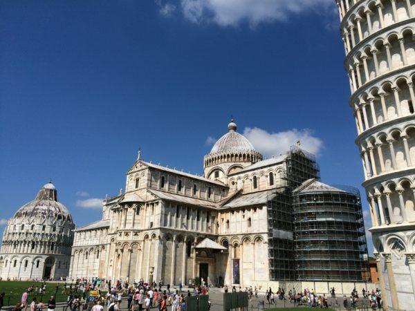 Ganz schön schief! Der schiefe Turm von Pisa. Foto © Welz