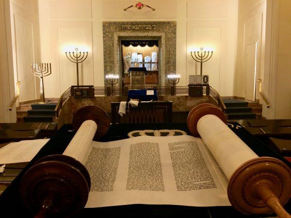 In der Stuttgarter Synagoge. Foto © Welz