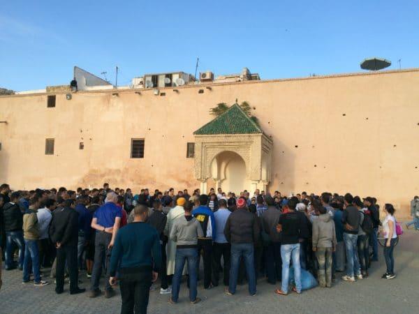 Meknes: Ein Geschichtenerzähler auf dem Place El Hédime. Foto © Welz