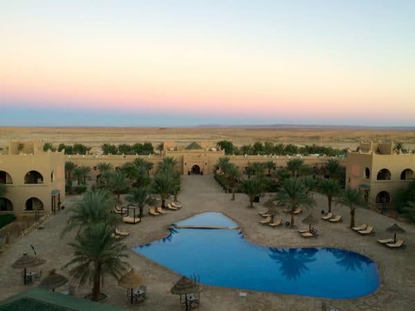 Erfoud: Sonnenaufgang im Chergui Hotel. Foto © Welz