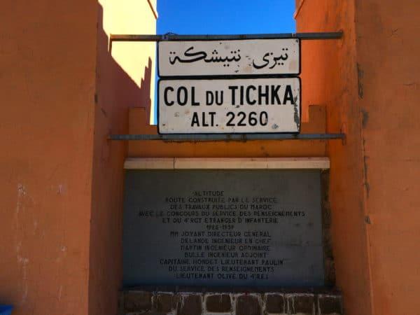 Col au Tichka: 2260m hoch. Der Pass bildet den höchsten Punkt der Verbindungsstraße N9 zwischen Marrakesch und Ouarzazate. Foto © Welz