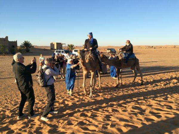 Marokko: Erg Chebbi - Wir treffen die Kamelführer - Foto © Welz