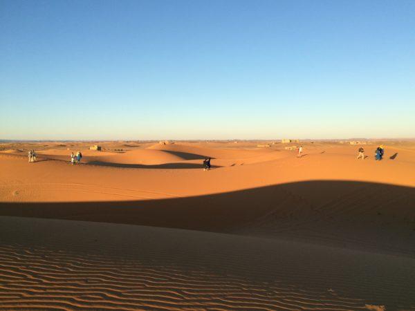 Marokko: Erg Chebbi - Wo kommen wir her? Wo wollen wir hin? Foto © Welz