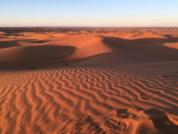 Marokko: Erg Chebbi kurz vor dem Sonnenuntergang. Foto © Welz