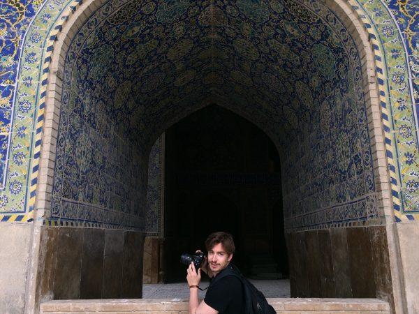 Isfahan: Mit einem Photographer unterwegs. Imam-Moschee. Foto © Welz (2016)